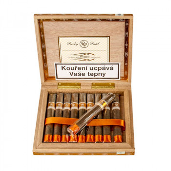 Rocky Patel Cigar Smoking World Championship Mareva 1/10